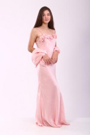 Платье розовое с розами