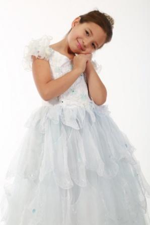 Платье белое воздушное
