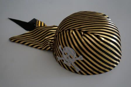 Шляпа - бандана пирата полосатая