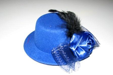 Шляпка синяя с розой